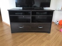 TV stand in Baumholder, GE