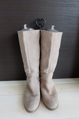 Ninewest suede knee boots in Okinawa, Japan