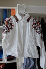 Zara Embroidered crop Shirt top in Okinawa, Japan