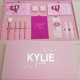 Kylie Jenner 2017 The Limited Edition Birthday Collection | I Want It All Bundle in Fort Benning, Georgia