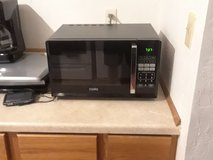 800W Microwave in Lawton, Oklahoma