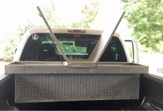 Toolbox Truck bed crossover box gullwing in DeRidder, Louisiana