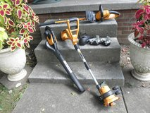 Weed Eater, Leaf Blower, Trimmer Combo Very Nice! in Fort Campbell, Kentucky