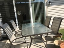 Patio table & 4 chairs in Plainfield, Illinois