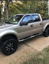 2005 ford f150  lariat 5.4 lifted in Rolla, Missouri