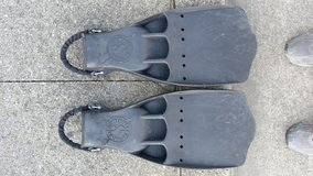"""Scuba Pro Jet Fins, Size XL, Classic """"Old School"""", with Spring Heel Straps in Okinawa, Japan"""
