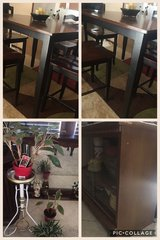 High top table set great and shine condition in Lawton, Oklahoma
