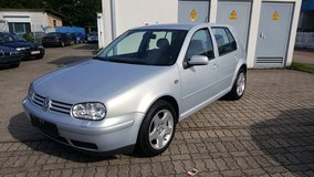 VW GOLF AUTOMATIC in Ramstein, Germany