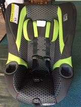 black green Graco infant toddler car seat 5-65 lbs in Beaufort, South Carolina