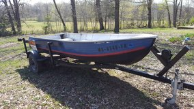 boat and trailer in Rolla, Missouri