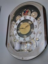 Seiko musical clock with box in Glendale Heights, Illinois