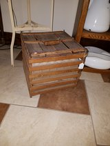 Antique Egg Crate with inserts in Fort Leonard Wood, Missouri
