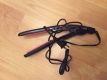 Conair 110/220V Hair Straightener in Ramstein, Germany