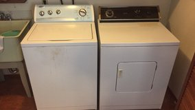 Washer and dryer in Fort Lewis, Washington