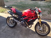 2009 Ducati Monster 1100S in Stuttgart, GE