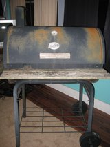 Used STURDY BBQ Grill in Camp Lejeune, North Carolina