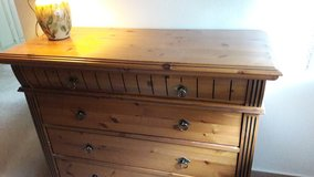 Innatura 4-drawer dresser in Stuttgart, GE