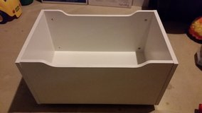 Storage box with wheels in Orland Park, Illinois