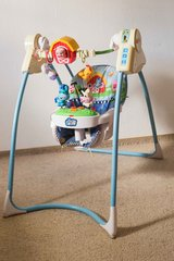 Fisher-Price 'Lil' Laugh & Learn' baby swing in Stuttgart, GE