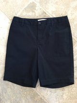 LIKE NEW Unisex Lands End Navy Blue Uniform Shorts Size 14 in Glendale Heights, Illinois