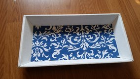 Pending PU White and Blue Tray in Bolingbrook, Illinois