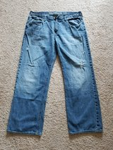 Old Navy 38x32 Premium Denim Jeana in Camp Lejeune, North Carolina