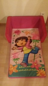 Dora the Explorer fold out couch in Stuttgart, GE