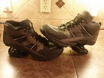 MEN'S  z-coil shoes…size 12 in Baytown, Texas