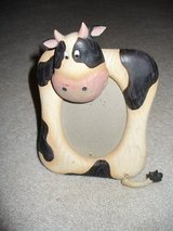 Frame/Picture/Cow picture frame in Schaumburg, Illinois