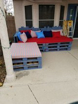 Handmaded L Shape Pallet Sofa Set in Nellis AFB, Nevada
