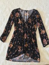 Forever 21 floral dress size medium/small in 29 Palms, California