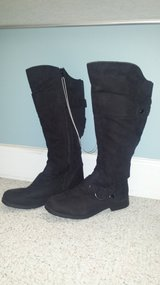 New!  Womens Shoes - Tall Black Boots Size 8W in Chicago, Illinois
