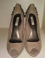 Vera wang studded spiked heels size 7 1/2 in Elizabethtown, Kentucky