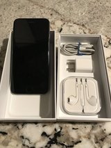 iPhone 6  mint condition in Travis AFB, California