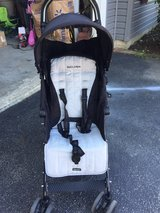 Maclean quest stroller in Yorkville, Illinois