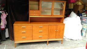 Drexel Suncoast Wood China Hutch Kipp Stewart Suncoast in Kingwood, Texas