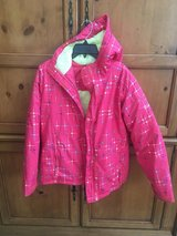 Girls Columbia Jacket with hood in Plainfield, Illinois
