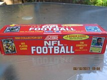 (NEW) 1990 Score NFL Football Complete Factory Set 665 Cards in Vacaville, California