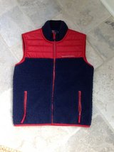 Boys Vineyard Vines Winter Vest Size 11-12 in St. Charles, Illinois