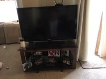 Garage  Sell TV in St. Charles, Illinois
