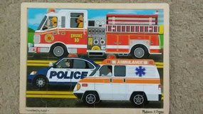 Melissa and Doug 24 pc. wooden jigsaw in St. Charles, Illinois