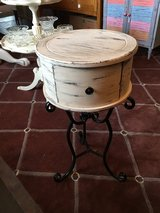 "Drum table 14"" round 28""tall has draw  perfect for small places or put plant on in Spring, Texas"