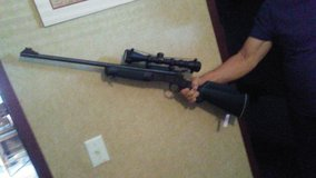hunting rifle for sale 243 single shot  great for beginners in Baytown, Texas