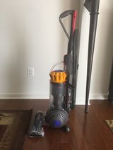 Dyson Ball Multi Floor 2 Vacuum Cleaner in Quantico, Virginia