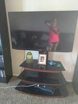 TV stand with the mount in El Paso, Texas