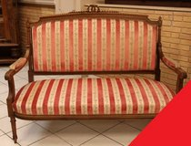 Freddy's- Louis XVI couch set in Baumholder, GE