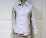Justice White Gems Stone Long Sleeve Button Up Girl's Knit Top Shirt Blouse Tank in Kingwood, Texas