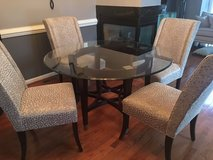 Beautiful Dining Room Table and 4 Chairs in Fort Meade, Maryland