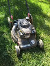 Lawn mower in Glendale Heights, Illinois