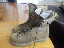 danner 8 1/2 winter boots new in Tacoma, Washington